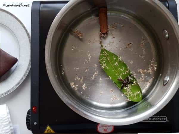 Boiling spices for cocoa tea