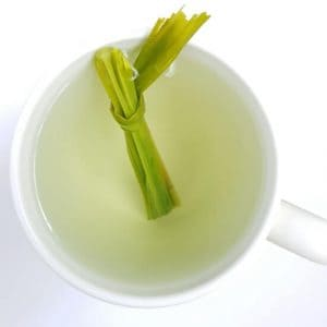 Lemongrass tea recipe with lemongrass leaf in tea