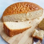 Spiced sponge cake featured